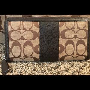 Coach signature tan wallet